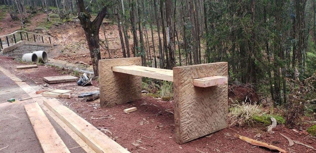 Park bench-mixed medium